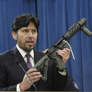 Kevin Deleon Anti gun senator gun training